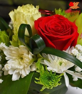 Bouquets de fleurs prêts à offrir