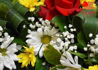 fleureve-gerbe-fleurs-deuil-coussin-02