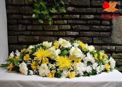 fleureve-gerbe-fleurs-deuil-coussin-04
