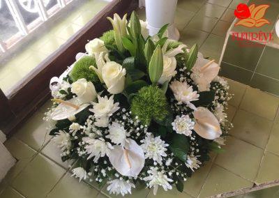 gerbe deuil tons pastel - fleureve 04